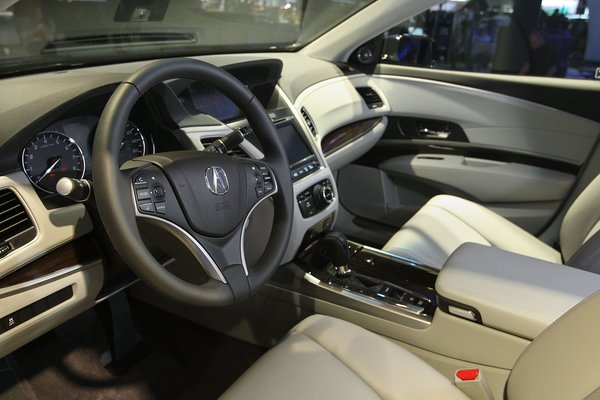 2014 Acura RLX – Gary Friedman/Los Angeles Times – Acura Connected