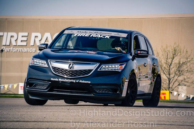 Snapshot: 2014 Acura MDX Cornering on Three Wheels – Acura Connected