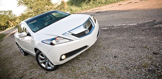 2010 Acura ZDX © Automobile Magazine