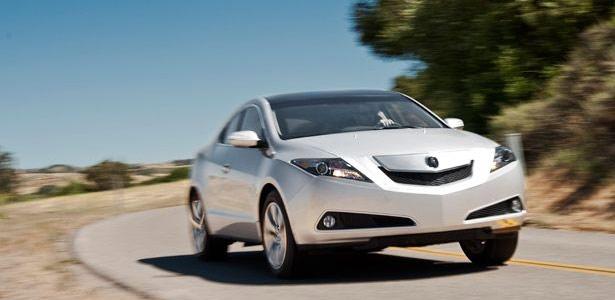 2010 Acura ZDX © Motor Trend