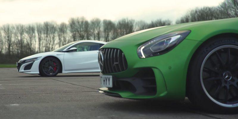 Acura NSX vs Mercedes-AMG GT R via carwow