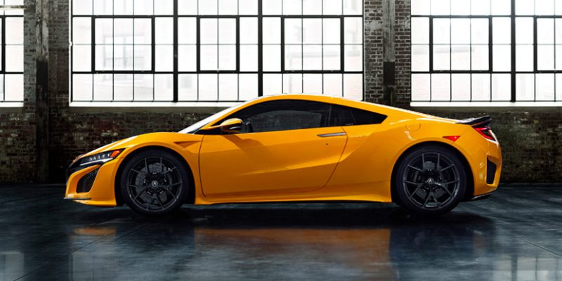 2020 Acura NSX Debuts Indy Yellow Pearl at Monterey Car Week