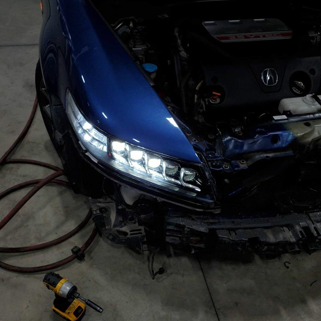Jewel Eye Headlights On The 2008 Acura TL Type S